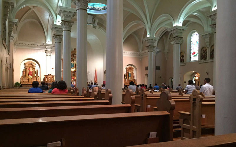 St. Mary's Basilica, next to the Roman Catholic Diocese of Phoenix offices in downtown Phoenix, holds mass at noon during the week. (Photo by Bailey Netsch/Cronkite News)