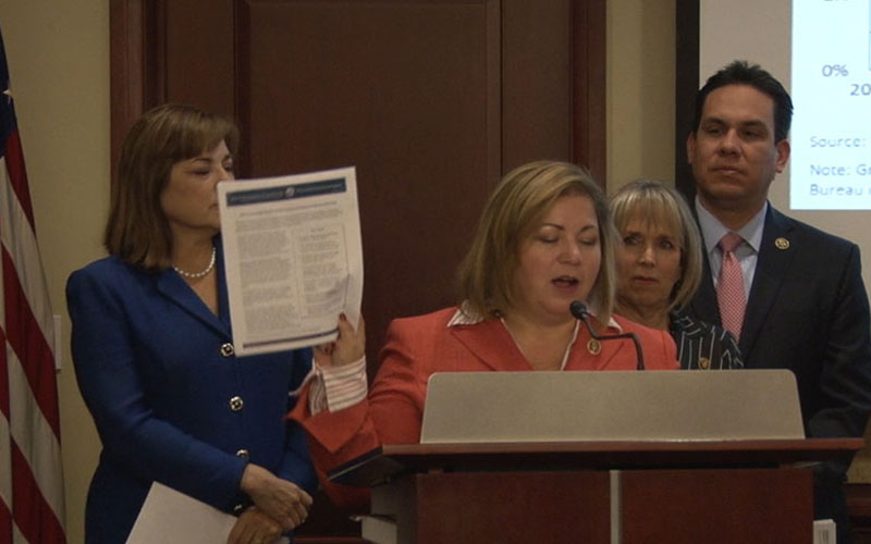 Rep. Loretta Sanchez, D-Calif., and other Hispanic Hispanic Caucus, release a Joint Economic Committed report showing Latinos still struggling to close the wage gap with others. (Photo by Adriana Barajas/Cronkite News)