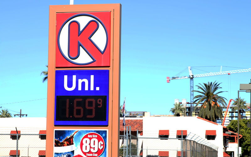 A Circle K store in downtown Phoenix sells gas for $1.69 per gallon.(Photo by Ziyi Zeng/Cronkite News)