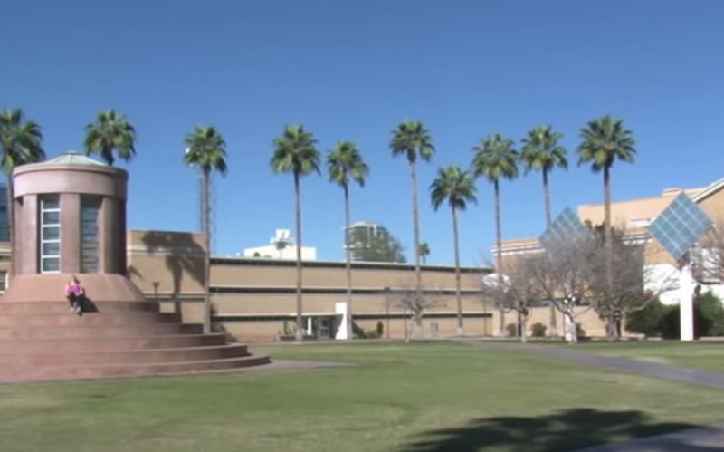 Temperatures in Phoenix are well above average for the month of February.  (Photo by Sydney Glenn/Cronkite News)