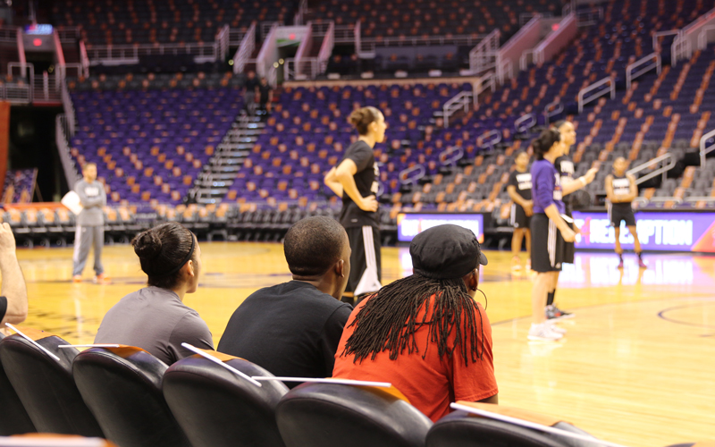 Ana Resendiz (left) looks on during the Mercury's morning shootaround, featuring her idol Diana Taurasi. (Photo by Landon Brown/Cronkite News)