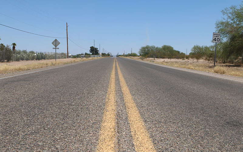 An open road is not out of character for residents who live in Thunderbird Farms. (Photo By Kelsey DeGideo/Cronkite News)