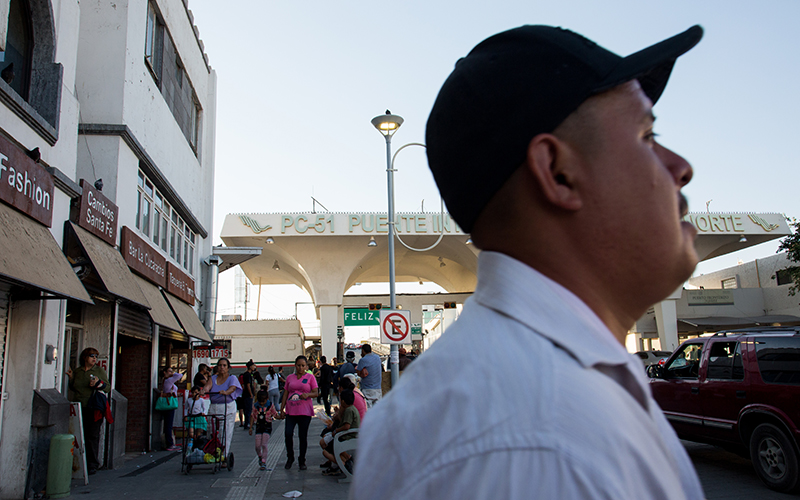 People walk near the border crossing in Ciudad Juárez, Chihuahua to El Paso, Texas. (Photo by Cronkite News)