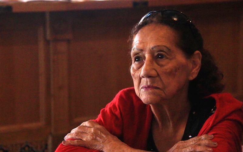 Dora Rogers, 88, applies for citizenship at a Mi Familia Vota citizenship fair at Los Altos Ranch Market in Phoenix on Sat., Aug. 27. (Photo by Brian Fore/Cronkite News)