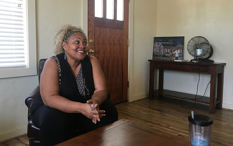 Ladina Willis discusses some of the challenges she and Booker have faced while developing the PACT program. (Photo by Elizabeth S. Hansen/Cronkite News)