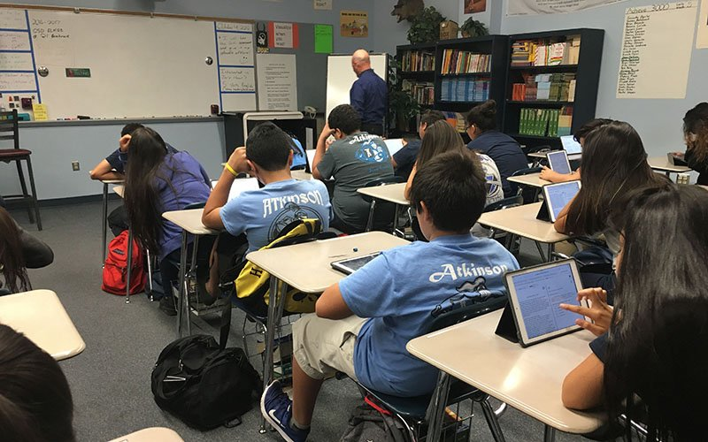Kristan Kurtz predicts about 90 students in the Cartwright School District will be enrolled in Academy for Success by December. (Photo by Keerthi Vedantam/Cronkite News)