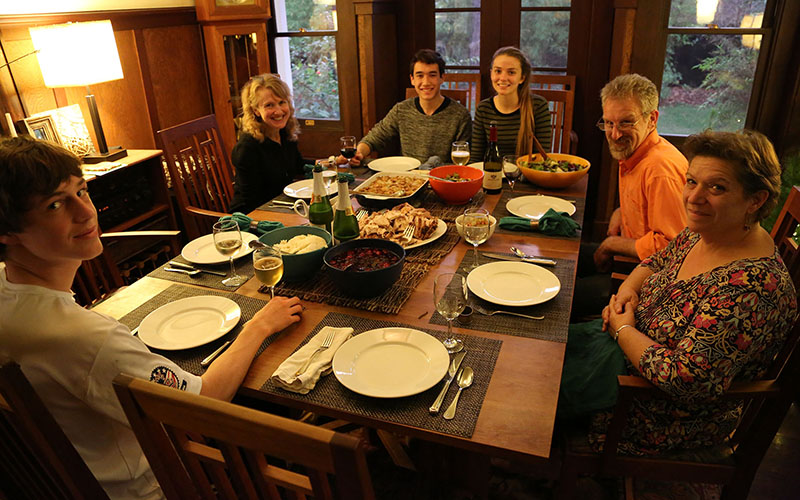 This is the image of a Thanksgiving meal that most families aspire to, but many expect this year's elections to intrude on peaceful holiday gatherings. (Photo by Malcolm Slaney/Creative Commons)