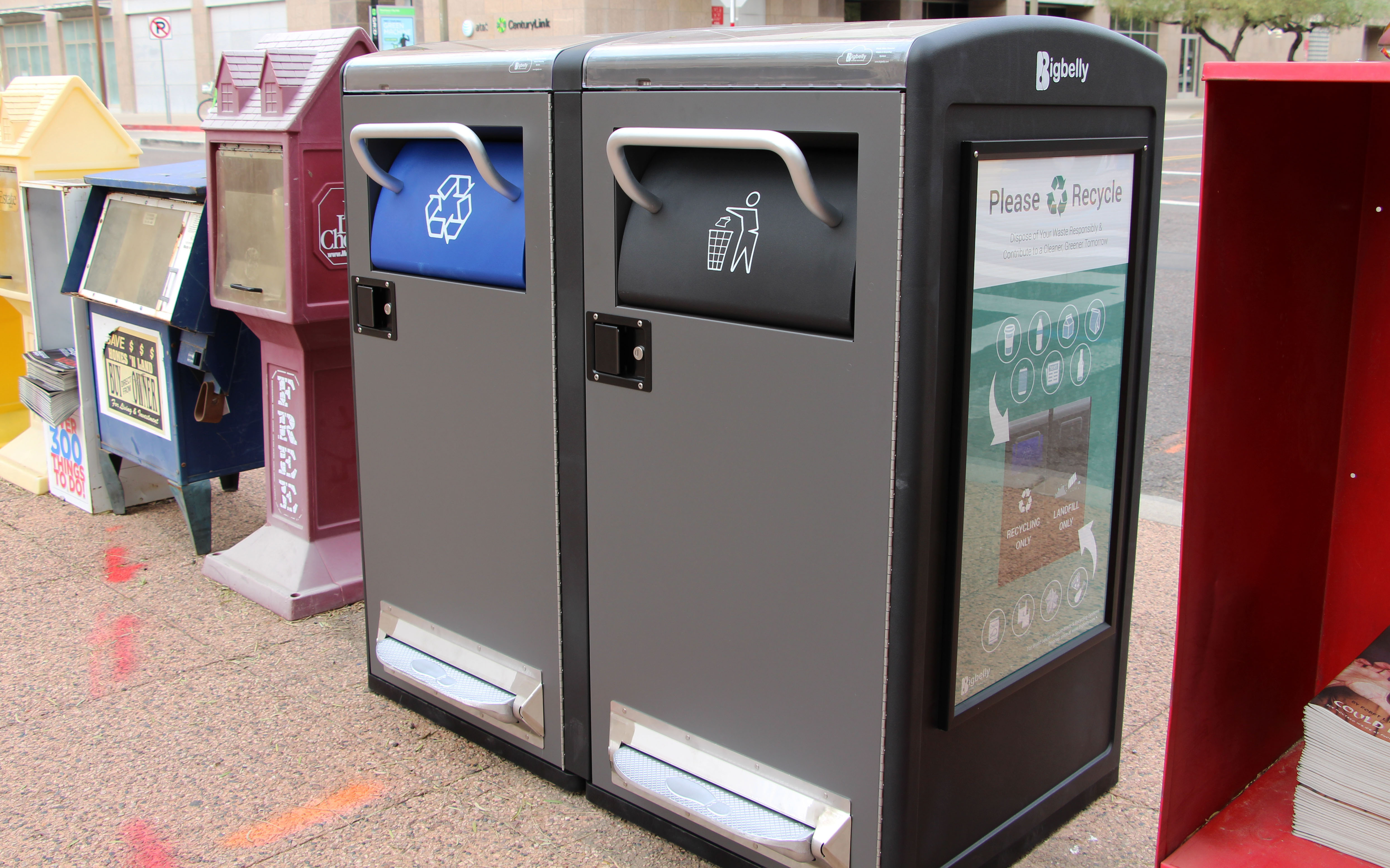Phoenix has placed 15 solar-powered trash cans, with recycling bins attached in downtown Phoenix. (Photo By Morgan Wheeler/Cronkite News)