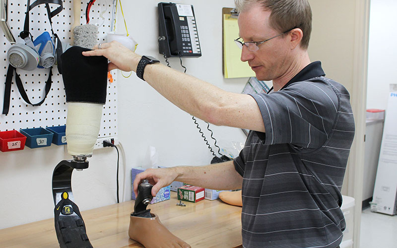 Athletes benefiting from advancements in prosthetics   Cronkite News