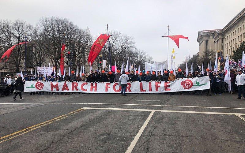 Ducey asks U.S. Supreme Court to overturn the Roe v. Wade abortion ruling